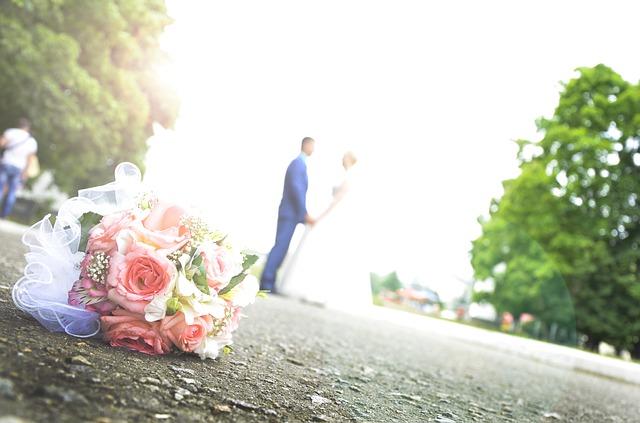 wedding-442895_640
